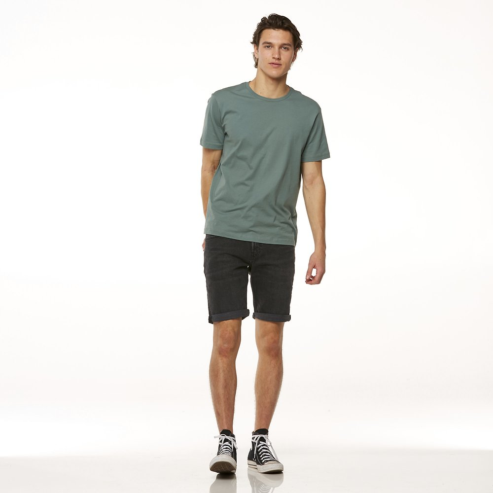 Image of Riders By Lee Baked Black R3 SHORT // BAKED BLACK