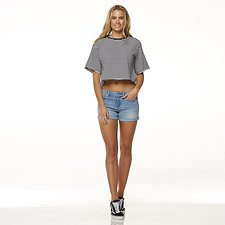 Picture of MID THIGH SHORT // NORDIC BLUE